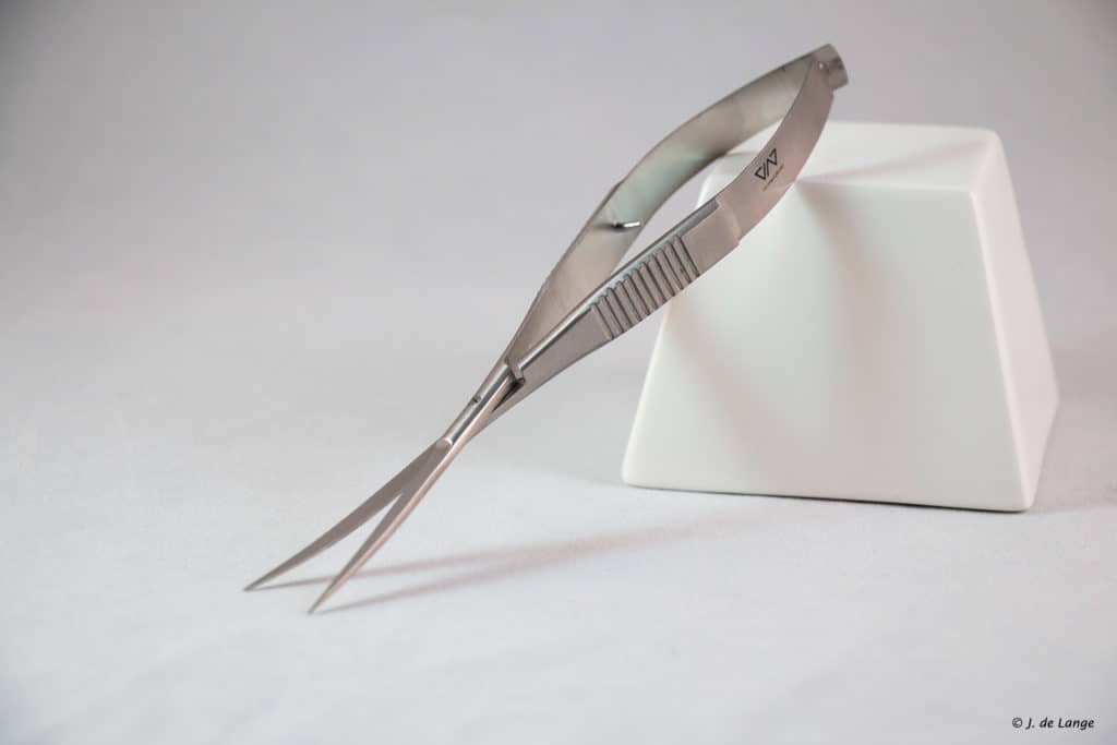 ViV Spring Scissors Curve